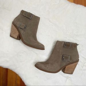 LUCKY BRAND suede bootie✨sz6.5
